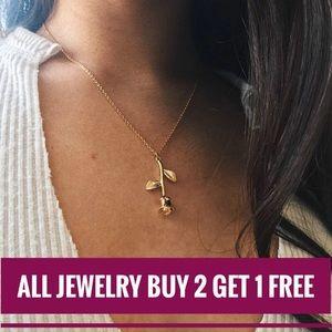 Jewelry - New Gold Necklace. Set Layer Choker Dainty Chain